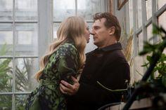 "Amanda Seyfried & Liam Neeson in ""Chloe"" Good Movies To Watch, New Movies, Movies Online, Movies And Tv Shows, Romantic English Movies, English Hot Movie, Netflix Streaming, Liam Neeson, Love Scenes"