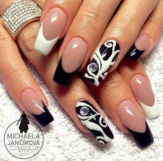 Blk.White Nails ❤