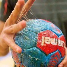 Only Handball – My Friends Page Handball Players, Women's Handball, Sport Motivation, Goalkeeper, Soccer Ball, My Friend, Friends, Derby, Collections