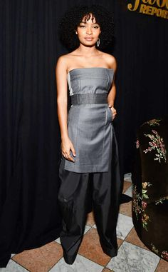 <p>Towering<strong> Zendaya</strong>channels her innersuper model in this straplesspink Viktor & Rolf jumpsuit. The tailoring is perfection and the bow accent on the hip takes this look from an A to an A+.</p>