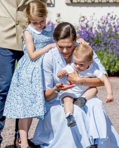 Princess Estelle with her mama Crown Princess Victoria and her little brother Oscar at the Victoria Days, July 2017