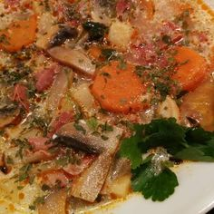 Zöldséges gombaleves Thai Red Curry, Ethnic Recipes, Food, Essen, Yemek, Meals