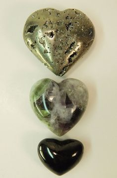 Pyrite Fluorite Shungite Heart Crystal Palm Stone Set 8.2oz/229.6g (P9)