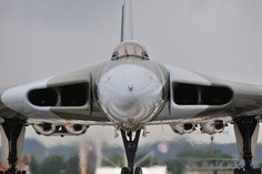 Avro Vulcan - Vulcan in your face Military Jets, Military Aircraft, Cargo Aircraft, Navy Aircraft, Vickers Valiant, Commonwealth, V Force, Avro Vulcan, Air Force Aircraft