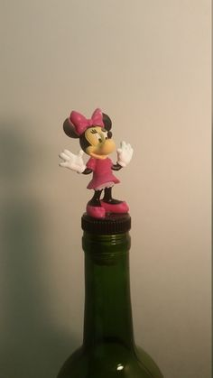 MINNIE MOUSE Wine Stopper Wine Lover Gift Bottle Topper