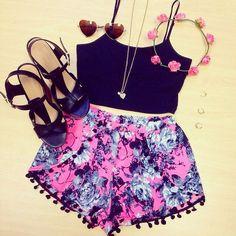 Super girly outfit. Boho fashion