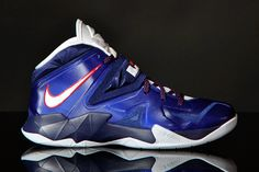innovative design f6495 60662 Nike Zoom Soldier VII - Deep Royal Blue - Pure Platinum - Midnight Navy -  SneakerNews.com