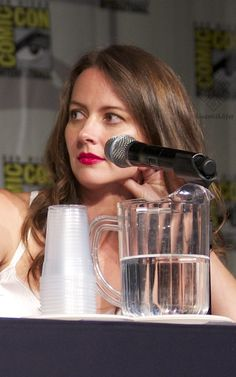 Amy Acker, POI panel SDCC 015 -- kindaoffkilter pics