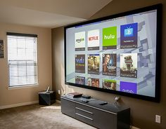 Home theaters loft Optimized Screens For Naturally Lit Rooms Living Room Home Theater, Living Room Setup, Home Cinema Room, Bedroom Setup, Home Building Design, House Design, Small Game Rooms, Small Home Theaters, Game Room Design