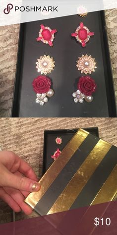 NIB 4 pairs of earrings  SET Brand new comes in gift box ( box is slightly scratched ) all brand new great gift idea fast shipping follow for deals ! Jewelry Earrings