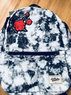 To School Outfit for graders Holister Marble Backpack that I patched a flower on it. Holister Marble Backpack that I patched a flower on it. To School Outfit for grade Diy Backpack, Small Backpack, Jansport Backpack, Cute Backpacks, School Backpacks, Marble Backpack, Pin Up, Disney Movie Quotes, Moda Emo