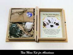 New Moon Kit for Abundance from Moon Organizer - Moon Witchcraft Essential Oil Mixtures, Essential Oils, New Moon Rituals, Cinnamon Oil, Moon Calendar, Moon Witch, Dark Moon, Ancient Symbols, Cotton Bag