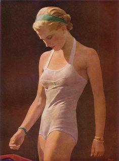 "Olga Tuleninova 🦋 on Twitter: ""Friedrich Schult (Germany 1889-1978) - In swimsuit , 1939… "" I Love Being Black, German Girls, Art Society, High Art, Online Collections, Poses, Trending Topics, Swimsuits, Swimwear"
