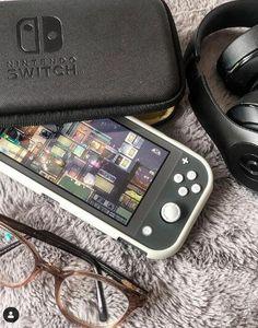 Nintendo Lite, Nintendo Dsi, Nintendo News, Nintendo Games, Nintendo Consoles, Nintendo Switch Accessories, Gaming Room Setup, Gamer Room, Study Room Decor