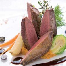 Villiandabringur: með bláberjasósu Beef, Game, Food, Meat, Recipes, Essen, Gaming, Meals, Eten