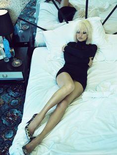Kate Moss by Emma Summerton for i-D Magazine November 2007