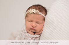Bethel Park 15102 Newborn Photographer, Christmas baby halo, froggy pose Pittsburgh photographer-3