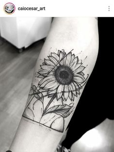 Cool 39 Impressive Black And White Sunflower Tattoo Ideas - Tattoos Back Tattoos, Future Tattoos, Love Tattoos, Beautiful Tattoos, Body Art Tattoos, Small Tattoos, Tattoos For Women, Tatoos, Pretty Tattoos