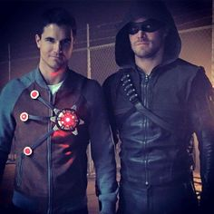 Stephen Amell & his cousin Robbie Amell! You can Definitely tell they're related!