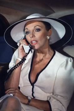"""Know how to work a hat -— no matter how ridiculous it looks.   19 Impeccable Style Tips From """"Dynasty's"""" Alexis Carrington"""