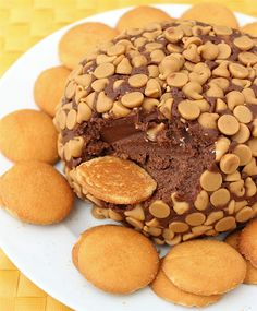 Checkout the best easy chocolate peanut butter cheesecake ball recipe on the net! Once you try it, you will ask for more!