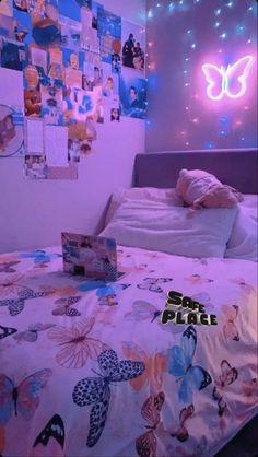 Cute Bedroom Decor, Bedroom Decor For Teen Girls, Room Design Bedroom, Teen Room Decor, Room Ideas Bedroom, Bedroom Inspo, Chill Room, Cozy Room, Neon Room