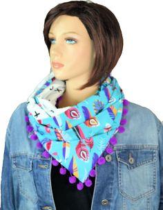 Ein Modeaccessoire mit Federn sollte im Kleiderschrank nicht fehlen! - Neu bei uns Dreieckstuch-Loopschals :)