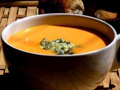 Pitadinha: Sopa cremosa de jerimum com gorgonzola