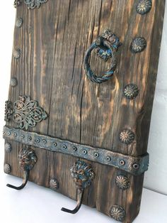 Eco Furniture, Painted Furniture, Woodworking Projects Diy, Wood Projects, Decoupage Box, Pallet Art, How To Antique Wood, Tree Art, Medium Art