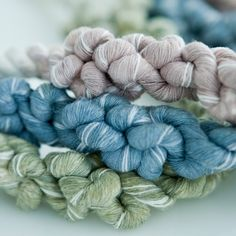 Close-up of rope knot necklace. Wonder if I could do something similar with hand-dyed yarns..