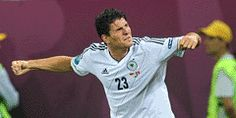 Get On Gomez Goals At 15/8 - With three goals to his name, Mario Gomez is the 15/8 fav with Betfred to win the Golden Boot at Euro2012; Ronaldo chases at 9/4.