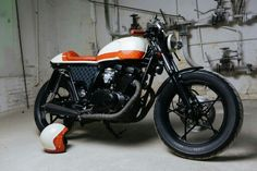 Cafe racer suzuki gs400 by sparta garage