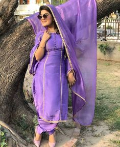Kaur b 🦋🦋🦋 Punjabi Dress Design, Designer Punjabi Suits Patiala, Punjabi Suits Designer Boutique, Boutique Suits, Indian Designer Suits, Embroidery Suits Punjabi, Embroidery Suits Design, Pakistani Fashion Party Wear, Pakistani Outfits