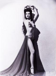 Sherry Britton burlesque dancer 1940's
