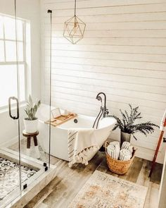 Bathroom inspiration // Home Sweet Spaces - interior ideas - Farmhouse bathroom decor - ideas Boho Bathroom, Bathroom Floor Tiles, Bathroom Styling, Bathroom Interior, Small Bathroom, Bathroom Inspo, Bathroom Ideas, Master Bathroom, Bathroom Canvas