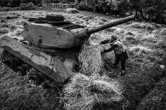 World Press Photo - life in war - majid saeedi , iran