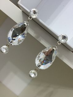 Beautiful raindrop earring