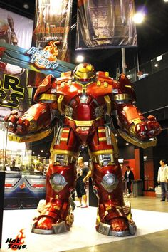 Hot Toys Life-Size Hulkbuster Armor from AVENGERS: AGE OF ULTRON