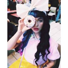 melanie martinez ❤ liked on Polyvore featuring accessories, melanie martinez, people and famous