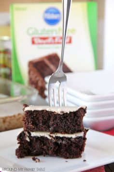 Chocolate and root beer join together for this easy and scrumptious 4-ingredient CHOCOLATE ROOT BEER CAKE dessert. #MixUpAMoment #ad