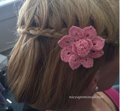 2 set of crochet flowers (crochet applique, decoration on your hair, clothing or bag) by Niezapominajkinet on Etsy