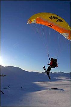 Ski paragliding at l'Alpe d'Huez, Grandes Rousses - Oisans
