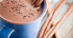 Hot chocolate: sweet recipes that caress the soul. Hot Chocolate, Sweet Recipes, Cocoa, Tableware, Bourbon, Drink, Kinder Chocolate, Milk, Food And Drinks