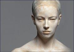 Italian artist Bruno Walpoth's realistic wood sculptures.