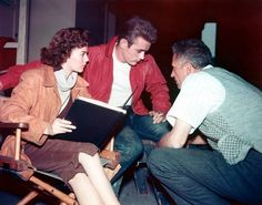 Natalie Wood reads with James Dean and Nicholas Ray.