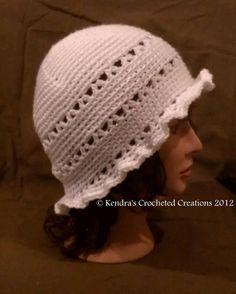 Free Crochet Pattern, Vintage white hat with ruffled brim