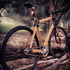 Bike dawn two Bamboo Bicycle, Wooden Bicycle, Wood Bike, Recumbent Bicycle, Bamboo Crafts, Bicycle Pedals, Speed Bike, Bicycle Design, Super Bikes