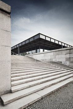 mies van der rohe,  Neue National Gallery in Berlin