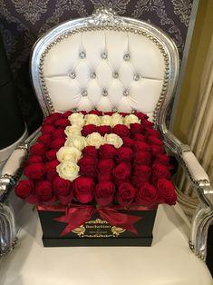 Litera F din trandafiri