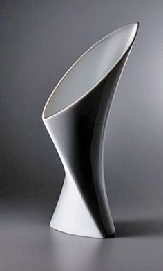 Fred-Bould-contemporary-vase